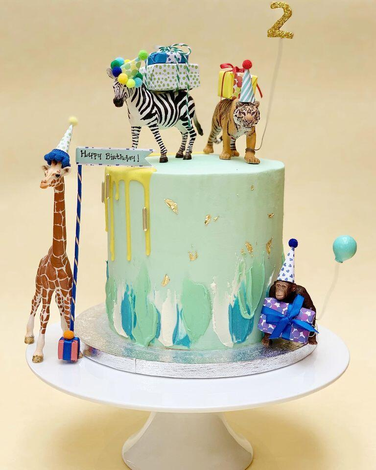 Animals on Birthday Cake